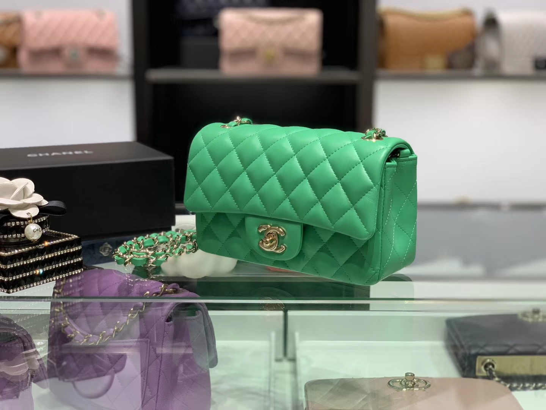 Chanel(香奈儿)cf # 链条包 mini 绿色 金扣 金链 20cm