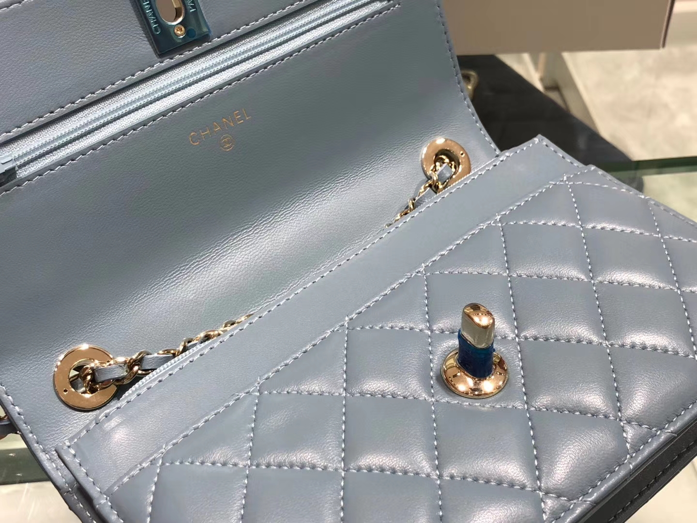 Chanel(香奈儿)trendy cc系列 手袋 woc 链子晚宴包 浅灰蓝 菱格 金扣 19cm