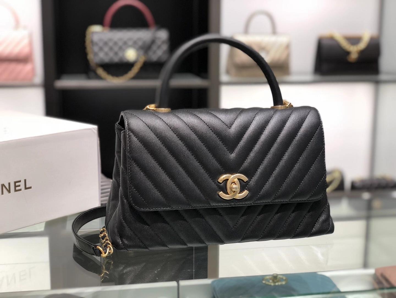 Chanel(香奈儿)coco handle 中号 V格 黑色 金扣 29cm