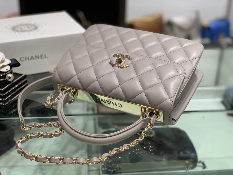 Chanel(香奈儿)Trendy cc 菱格 风衣灰 羊皮搭配金扣 25cm