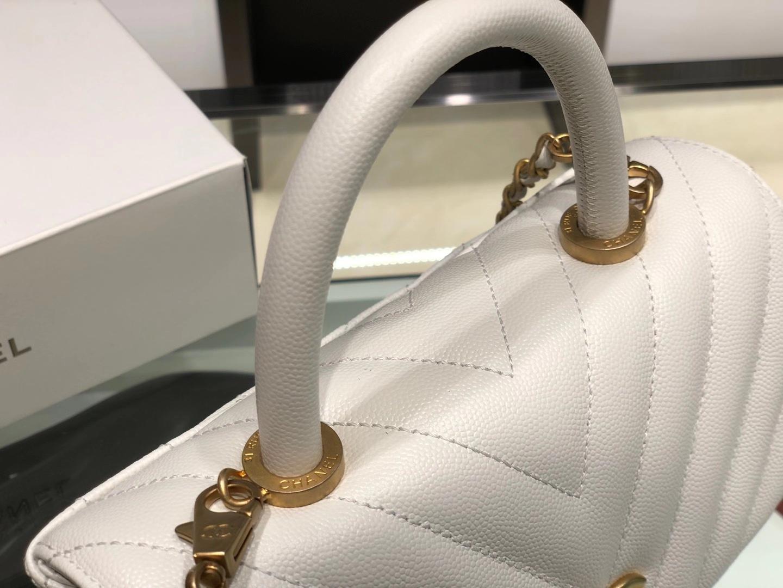 Chanel(香奈儿)coco handle 小号 V纹 白色 金扣 24cm