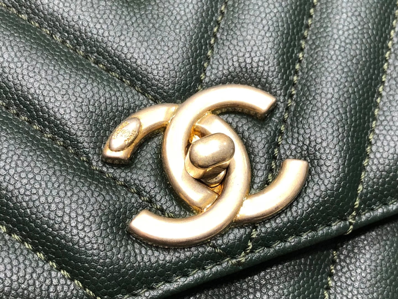Chanel(香奈儿)coco handle 中号 V格 墨绿色 金扣 29cm