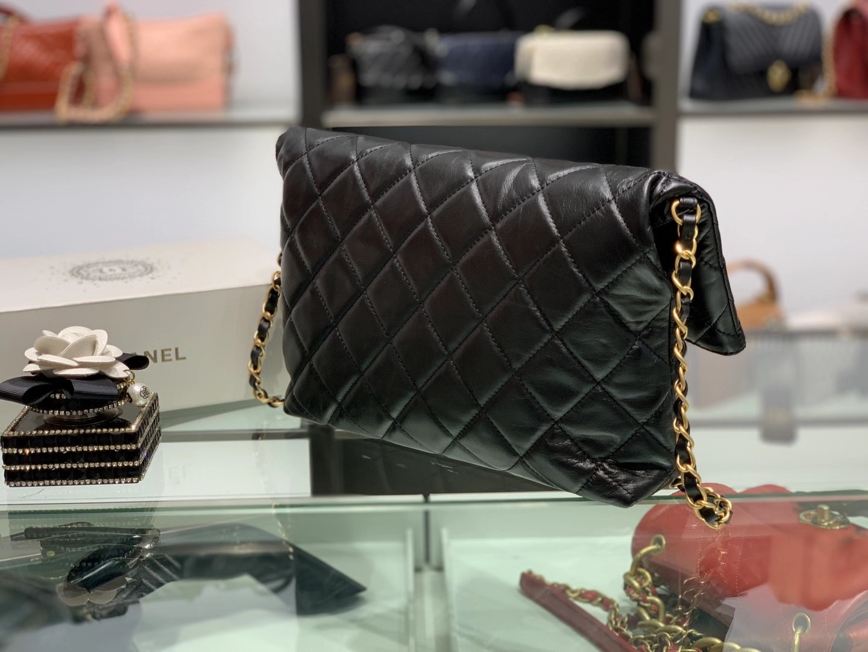 Chanel(香奈儿)2020 新款 tote bag 秋冬珍珠链条购物包 黑色 34×26×5cm
