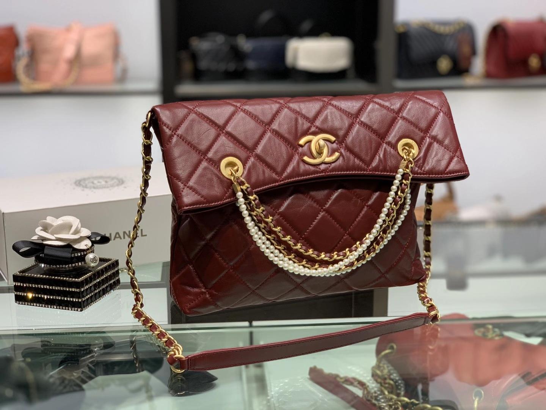 Chanel(香奈儿)2020 新款 tote bag 秋冬珍珠链条购物包 酒红色 34×26×5cm