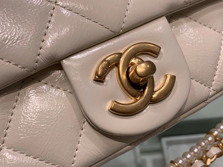 Chanel(香奈儿)CHA 20秋冬珍珠链条口盖包 珍珠白 13×21×6cm