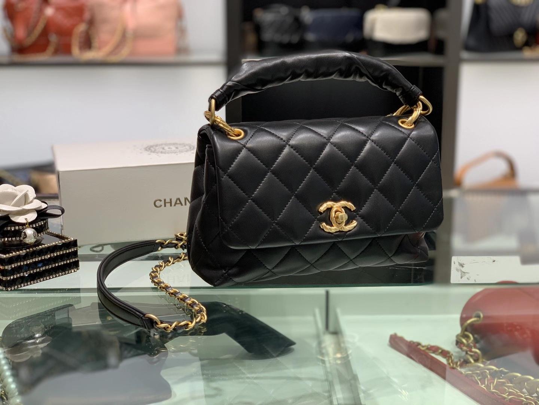 Chanel(香奈儿)2020 复古手柄设计手提包 黑色 羊皮质感 经典百搭款 金链金扣