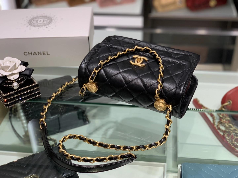 Chanel(香奈儿)𝟮𝟬𝟮𝟬新款 复古纽扣包 黑色 𝟮𝟮𝓬𝓶