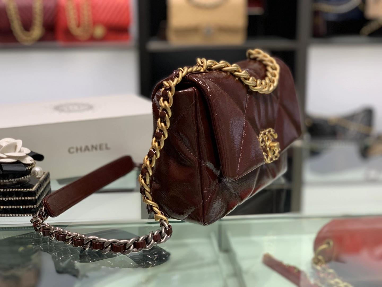 Chanel(香奈儿)19bag 亮面皱纹小牛皮 最新 褶皱油蜡牛皮 酒红色 26cm