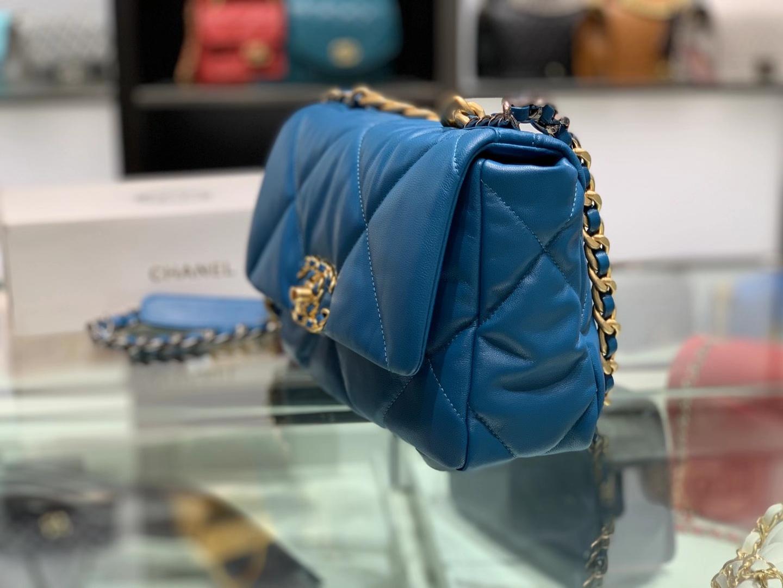 Chanel(香奈儿)19bag 最新 亮面褶皱小羊皮 伊滋密尔蓝 26cm