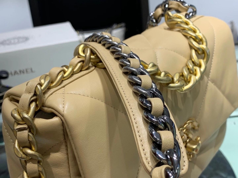 Chanel(香奈儿)19bag 最新 亮面褶皱小羊皮 杏黄色 26cm