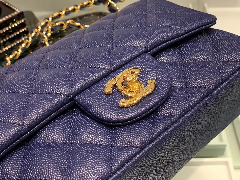 Chanel(香奈儿)cf 链条包 经典口盖包 细球纹 深海蓝 金扣 金链 20cm