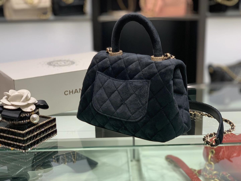 Chanel(香奈儿)2020秋冬 超级mini黑丝绒 cocohandle LOGO和顶部圈圈镶满水钻