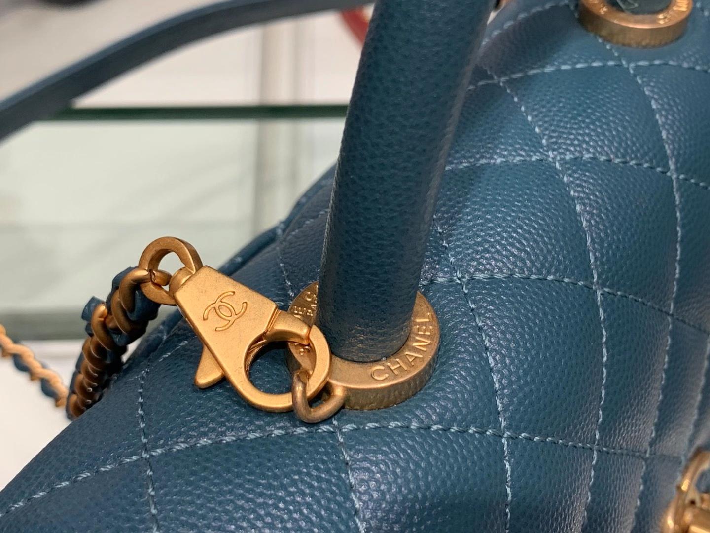Chanel(香奈儿)𝒄𝒐𝒄𝒐𝒉𝒂𝒏𝒅𝒍𝒆 小号 靛青色 金扣 24cm