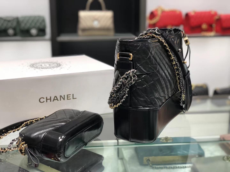 Chanel(香奈儿)GABRIELLE 流浪包 黑色 V纹 28cm