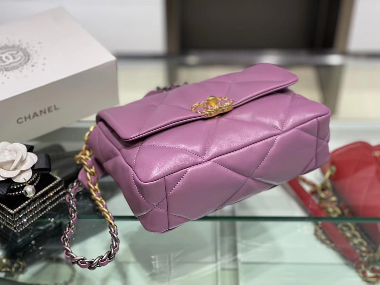 Chanel(香奈儿)19bag 最新 口盖包 亮面褶皱小羊皮 锦葵紫 16×26×9cm