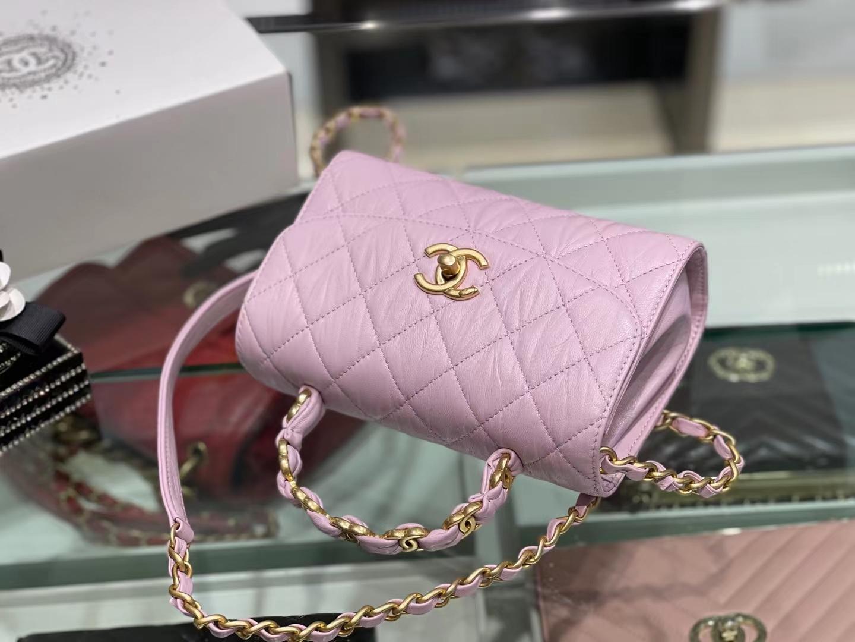 Chanel(香奈儿)2021 最新 迷你手提口盖包 小羊皮褶皱 奶昔粉 金扣 金链