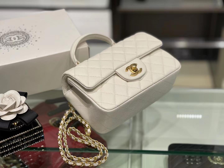 Chanel(香奈儿)2021 新款 早春 cf mini 手柄包 奶昔白 金扣 金链