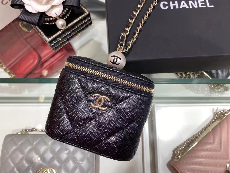 Chanel(香奈儿)2021 新款 一颗珍珠手拎包 黑色 可盐可甜