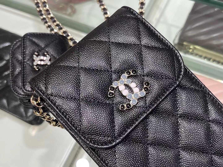 Chanel(香奈儿)2021 手机包 airpod 耳机包 黑色 一包两用 亮漆面彩钻logo